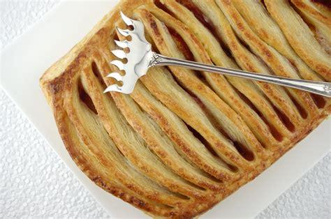 jalousie pastry nectarine jalousie tart with puff pastry