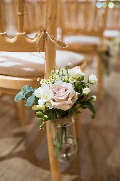Pew Flowers For Weddings by 5 Easy Diy Ideas To Decorate Your Wedding Pews