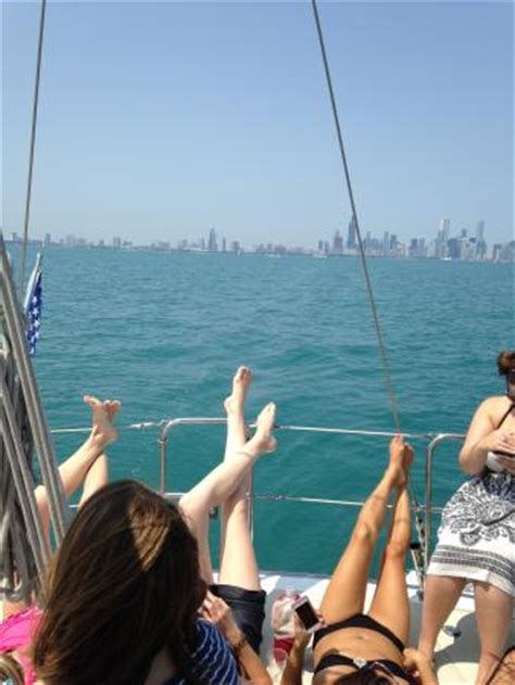party boat rentals chicago il party on boats llc chicago 2018 all you need to know