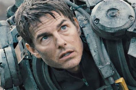 film tom cruise 2015 tom cruise movie crew killed in colombia plane crash