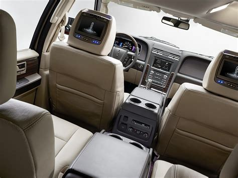 lincoln navigator interior 2016 2016 lincoln navigator price photos reviews features