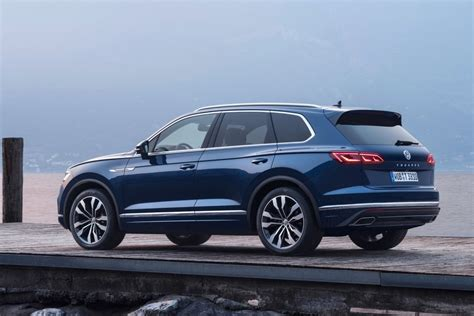 Volkswagen Touareg 2020 by 2020 Volkswagen Touareg Redesign Changes Auto Magz