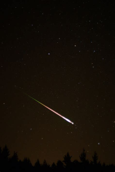 Meteor Shower Tonight Arizona by Live The Leonid Meteor Shower Peaks Tonight Wired