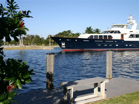 fort lauderdale house rentals the mega yachts parade past our dock and patio 1 of 14