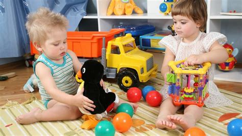 kinderzimmer teilen geschwister kinderzimmer teilen tipps zur vermeidung streit unter