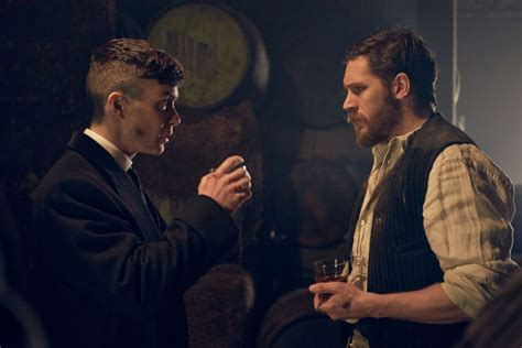 peaky blinders haircut peaky blinders returning to netflix for season 3 as