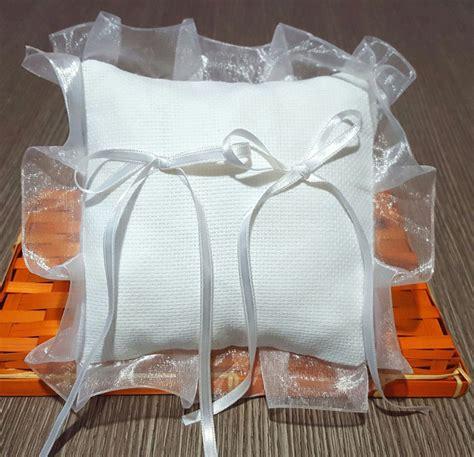 cuscino portafedi da ricamare cuscinetto portafedi volant organza semplice
