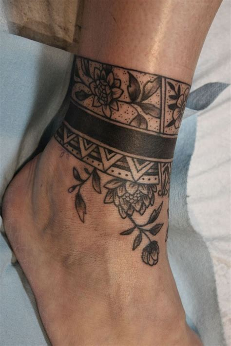 snake henna tattoo best 25 cover up tattoos ideas on