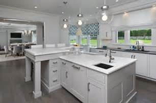 White L Shaped Kitchen With Island Interior Design Inspiration Photos By Blue Water Home Builders