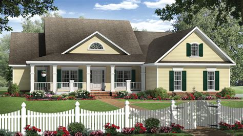 Floor Plans For Country Homes Country Home Plans Country Style Home Designs From Homeplans