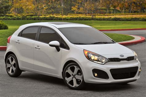 kia rio 2012 kia rio hatchback starts at 13 600 in the u s