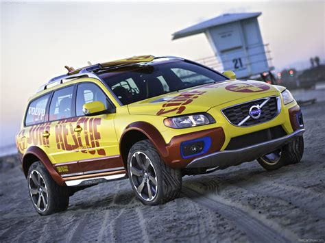 how make cars 2008 volvo xc70 head up display volvo xc70 surf rescue photos photogallery with 12 pics carsbase com