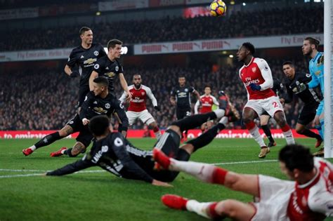 arsenal qatar clinical manchester united make arsenal pay the