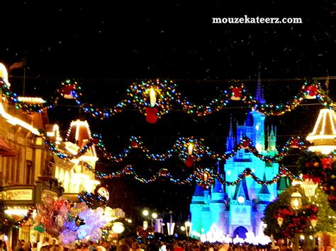 walt disney world christmas wallpaper