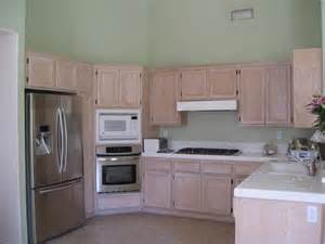 Kitchen Wall Color With Oak Cabinets Best Color Floor With Oak Cabinets Modern Home Design