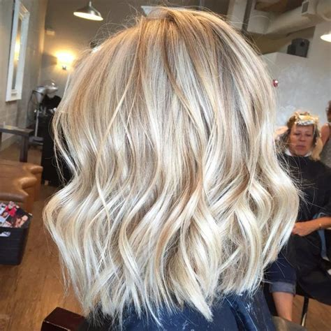 light hair color ideas best 25 light highlights ideas on