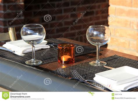 Glasses Table Setting Table Setting At Outdoor Restaurant Stock Photo Image 32017478