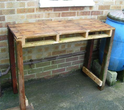 pallet work bench 24 diy plans to build a bench from pallets guide patterns