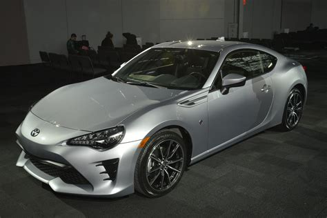frs toyota 2018 2017 toyota 86 revealed for new york the scion fr s gets