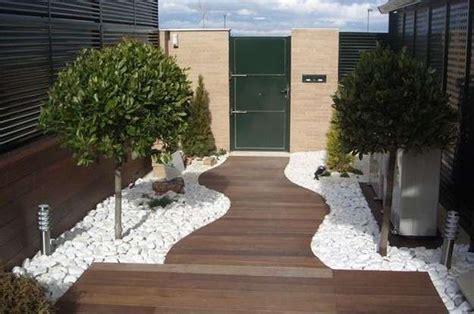 decoracion del jardin con piedras decoraci 243 n de jardines fotos de ideas decorativas con