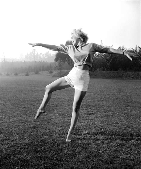 marilyn monroe bench press picture scandals of classic hollywood the unheralded marilyn monroe