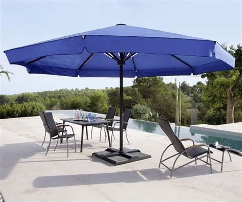 Patio Umbrella Large Big Ben Patio Umbrella Modern Patio Chicago By Home Infatuation