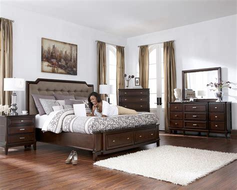 Upholstered Bedroom Sets by Larimer Upholstered Headboard Bedroom Set With Button