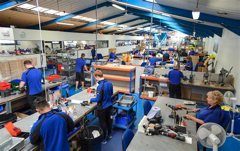 Fab Site Factorypeoplecom by Spinlock Expands Cowes Factory And Announces 20 Staff