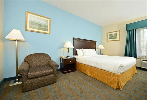 comfort inn tulare hotel comfort suites en tulare destinia