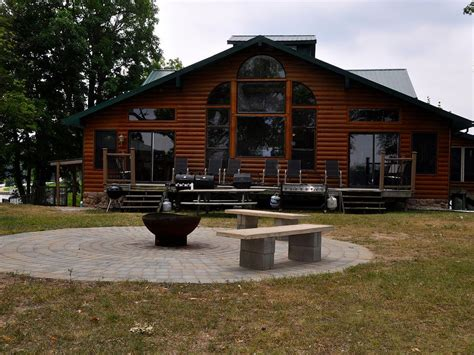 4 bedroom loft cottage on sylvan lake vrbo