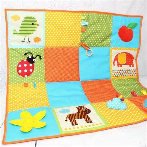 alfombra para bebes 17 mejores ideas sobre alfombra de juegos de beb 233 en