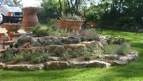come realizzare un giardino roccioso come creare un giardino roccioso foto design mag