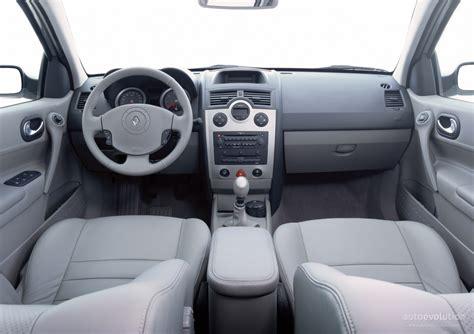 renault megane 2004 interior renault megane interior image 31