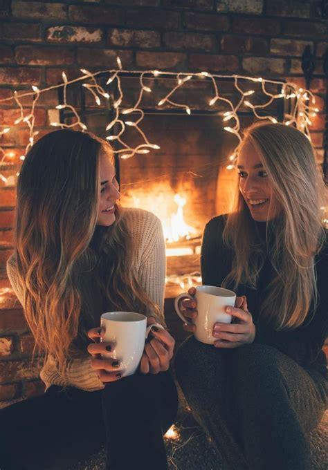 resultado de imagen  fotos tumblr  focos de navidad mejor amigas sesion fotografica