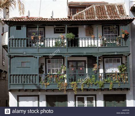 haus la palma avenida maritima weisses haus haus mit balkonen santa