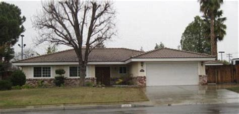 bakersfield homes for 6404 chewacan dr bakersfield ca 93309 foreclosed home