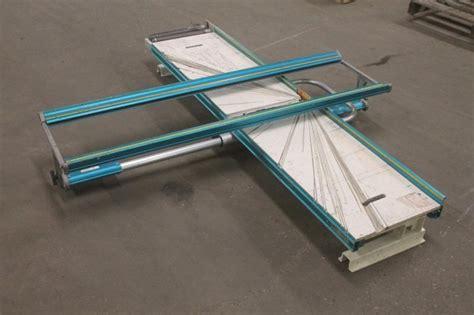Lot 1170 Tapco Siding Cut Table