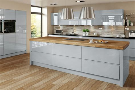 welford cream luca gloss alabaster kitchens buy welford grey gloss mastercraft kitchens