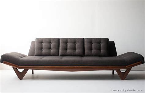 adrian pearsall couch adrian pearsall sofa for craft associates modernism
