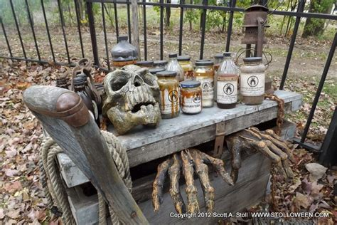 Haunted Backyard Ideas Best 20 Yard Haunt Ideas On