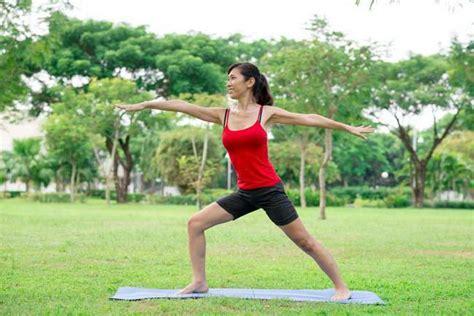 download tutorial yoga untuk pemula 8 cara yoga yang wajib diketahui pemula alodokter