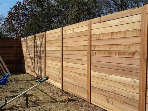 Horizontal Wood Fence Design Modern Horizontal Fence With Stacked Boards Outside Exterior Pinterest Design Backyards