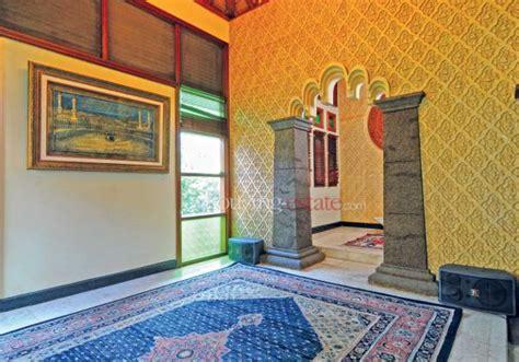 desain mushola kecil di rumah berikut 17 desain mushola mungil dalam rumah gambar