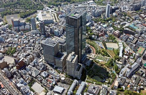 central tokyo s luxury apartment market reaches new highs