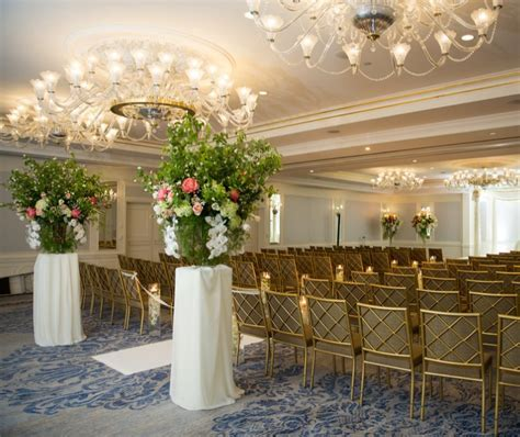 Floral Stands and Baskets   AV Party Rental