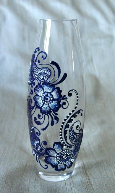 Painted Glass Vases Ideas by 1000 Ideas About Painted Vases On Painted