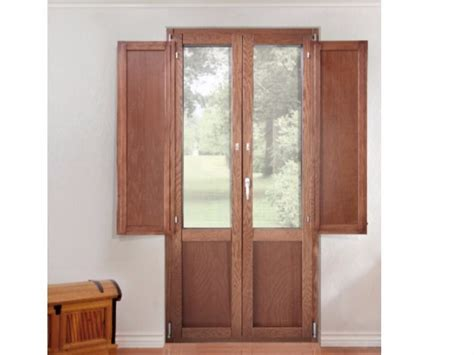 finestre con scuri interni porta finestra a battente con scuri integrati platinum 900