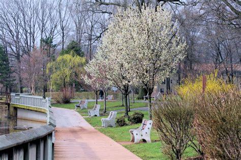 roosevelt gardens park