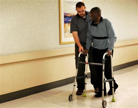 Alat Terapi Kaki Pasca Stroke Cedera Lutut Latihan Sepeda Statis Kayuh pijat bekam panggilan surabaya gosok pi