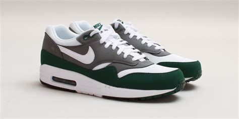 Nike Air Max One nike air max 1 essential white mercury grey gorge green